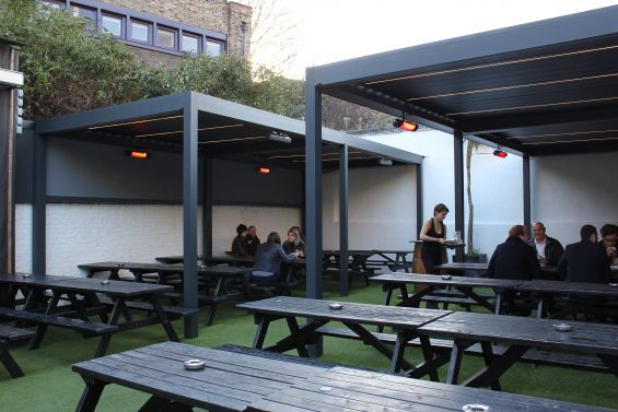 Outdoor Living Pod, Louvered Roof, Pergola, Caribbean Blinds, Woolpack Pub, London