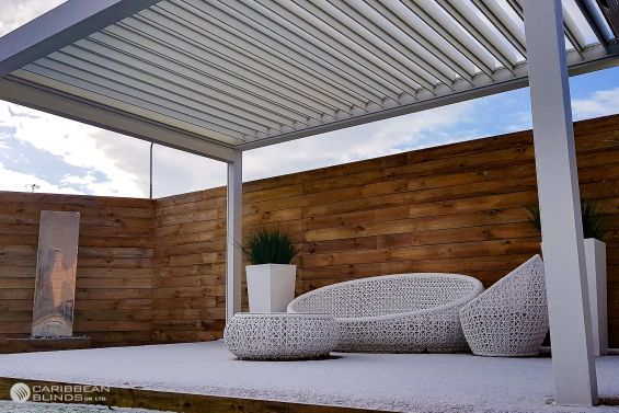 Outdoor Living Pod, Louvered Roof, Pergola, Canopy