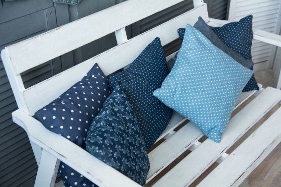 Pillows, Garden