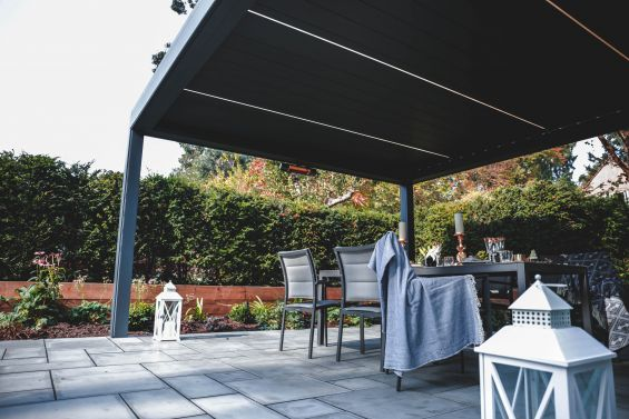 Autumn, Outdoor Living Pod, Louvered Roof, Pergola, Caribbean Blinds, Rickmansworth