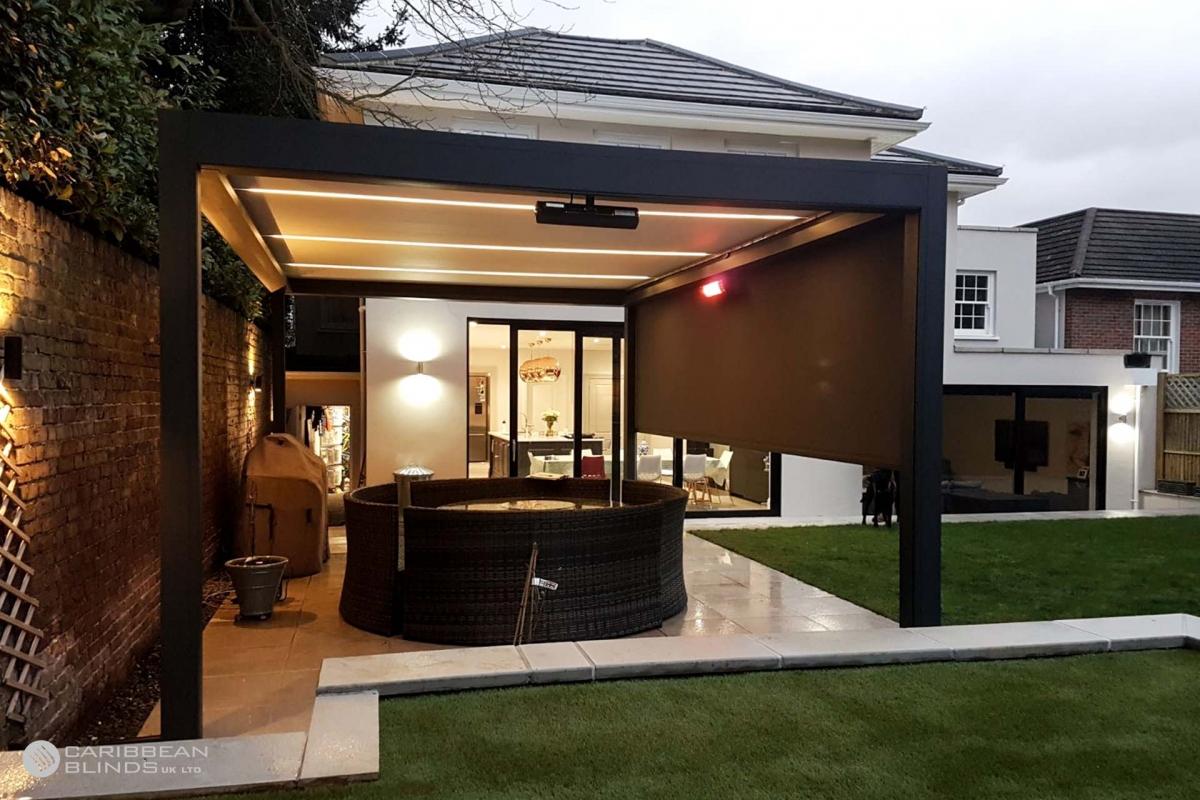 31 - Caribbean Blinds - Deluxe Outdoor Living Pod - Freestanding - Wimbledon